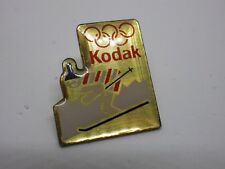 Pin's Vintage Year 90s Kodak Jo Ski Lot R058