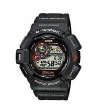 Sportliche Quarz-(Solarbetrieben) Armbanduhren mit Datumsanzeige und Matte