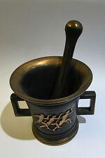 Mortier et pilon en bronze