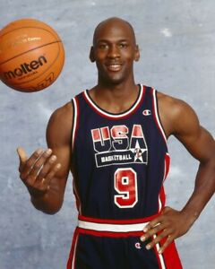 MICHAEL JORDAN DREAM TEAM 8X10 PHOTO BASKETBALL PICTURE USA US POSED WITH BALL