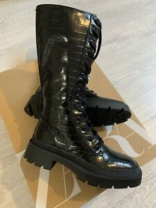 Zara Lace-up Knee-High Boots with Animal Print. Size 6