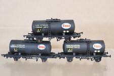 AIRFIX RAKE of 3 KIT BUILT WEATHERED BR BLACK ESSO PETROL TANK WAGON nx