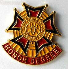MILITARY ORDER OF THE COOTIE VETERAN FOREIGN WARS HONOR DEGREE LAPEL PIN 1 INCH