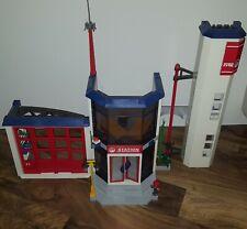 PLAYMOBIL Feuerwehr-Hauptquartier Spielzeug (4819-A), Nur Gebäude und Möbel