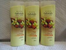 Avon Naturals Vanilla and Sandalwood Shower Gel (set of 3)