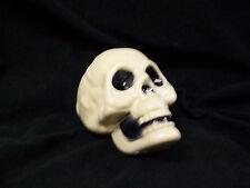 Plastic Skeleton Skull Creepy Halloween Prop Decor Crafts Haunted House Cemetery