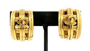 Authentic CHANEL Vintage CC Logos Gold Earrings France