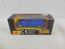 Rare Maisto 11001  2000 Chevrolet SSR Pick-up in Blue Scale 1:64 Boxed 2001