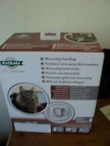 Staywell  Pet  Safe Microchip Cat Flap