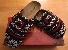 NEW Unionbay Sweater Mules Women's Size 8 Spirit Fairisle NIB Black Red White