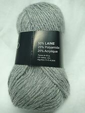 10 Balls 50% Wool Color: Grey Light One Treat of Douceur