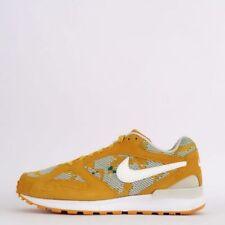 Scarpe da uomo Nike in oro