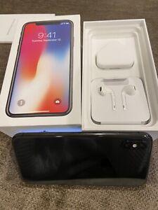 Apple iPhone X - 64GB - Space Grey (Unlocked) A1901 (GSM)