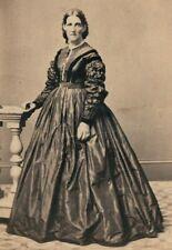 VICTORIAN WOMAN, HOOP DRESS, CRAWFORD'S GALLERY, STAMFORD CT., CDV STUDIO PHOTO