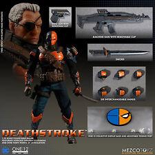 """ONE:12 figura de acción colectiva Deathstroke-DC Comics 6""""/16cm 1/12th Mezco"""