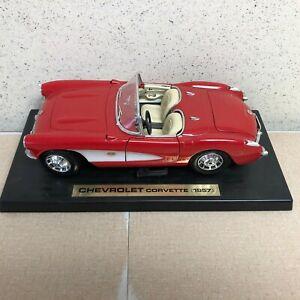 Maisto Chevrolet Corvette 1957 Red & White Diecast Car Convertible