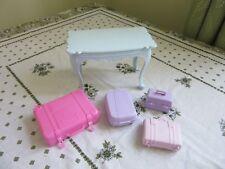 Barbie Möbel Konvolut Cinderella Tisch, Koffer Nr.104