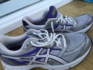 Ladies Asics Gel Trainers, Running Shoes, White And Purple, Size 6.