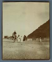 Egypte, Scène près des pyramides  Vintage citrate print. Tirage citrate  9