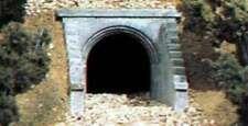 Woodland Scenics C1263 Two HO Scale Masonry Arch Culverts 724771012634