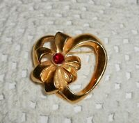 Vintage AVON Signed Valentine Heart w/ Bow Brooch Pin Red Rhinestone   A13