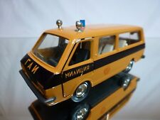 USSR  CCCP  RAF-2203 RUSSIAN POLICE CAR - BROWN 1:43 - GOOD CONDITION