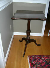 VINTAGE WILLIAMSBURG KITTINGER CW 20 MAHOGANY TILT TOP TEA TABLE 1940'S