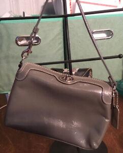 Coach Patent Gray Women's Turn Lock Wristlet Wallet Handbag.