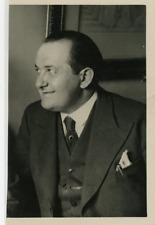 Portrait de Monsieur Pierre Varennes. Vintage silver print Tirage argentique