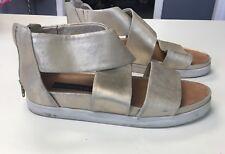 STEVEN BY STEVE MADDEN Gold Metallic leather Sandals W Zipper Back Size 8 B3870