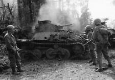 WW2  Photo WWII US Soldiers & Destroyed Japanese Tanks PTO  World War Two / 1559