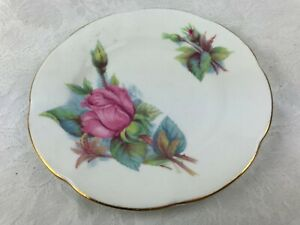 VINTAGE ROSLYN CAKE PLATE - NO. 1 OUT OF SET OF 6 - WHEATCROFT ROSES RENDEVOUS