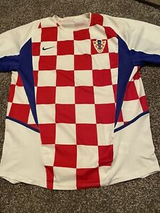 Croatia 2002 World Cup Home Jersey/Shirt - Medium