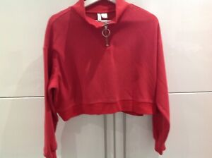 H & M sweat top cropped