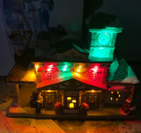 New St Nicholas Square SNS Train Station Lighted 2019 Christmas Village House