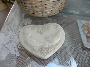 WHITE  HEART SHAPED BOX CERAMIC