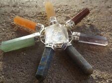 Pirámide de cuarzo con 7 puntos de piedras preciosas Chakra Cristal generador de energía ~