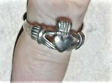 925 Silver Ring Celtic Hands Heart Crown Thailand Size 6.5 Jewelry