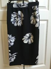 Iris Black & White Stretchy Floral Skirt Women's Small Below The Knee NWOT Cute!