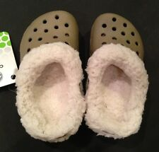 Nwt Crocs Toddler Boy Girl Khaki Oatmeal Mammoth Baya Blitzen Shoe C6/C7 6 7