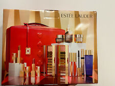 BN!2019 Estee Lauder Blockbuster  Holiday Make Up Gift Set w/Train Case Warm