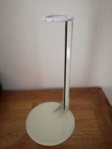 1 x 4001D  STURDY DELUXE METAL DOLL STAND FITS DOLL SIZE 24-36 ins COLOUR CREAM