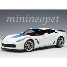Autoart 71271 Chevrolet Corvette Grand Sport 1/18 Arctic White/Blue Stripes/Red