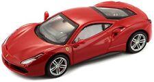 Modellini statici di auto da corsa sportive e turistiche