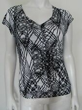 WORTHINGTON Black & White Geometric Pull Over Top Cap Sleeve Ruched Front Size M