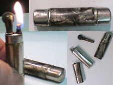 Briquet Ancien essence forme Rouge à Lévré Vintage Lighter Feuerzeug accendin