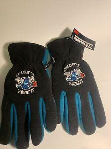 nos 3M thinsulate charlotte hornets ski/winter gloves