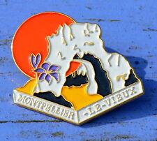 Pin's du début des années 1990, Montpellier le Vieux