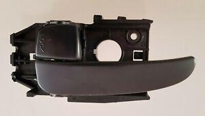HYUNDAI ELANTRA 2001 - 2006 Inside Handle / Front or Rear Door LH Side