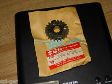 GSXR-50 SUZUKI Drive Gear 4th (NT = 21) P/NO 24240-28B00 genuine nos